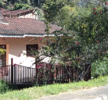 Casa em Santo Antonio do Pinhal Ref : 08