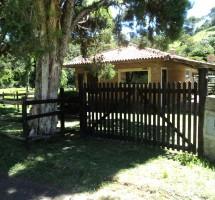 casa em Santo Antonio do Pinhal Ref:10