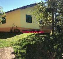 CASA EM SANTO ANTONIO DO PINHAL REF: 9027